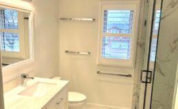 Bathroom Remodeling (64)